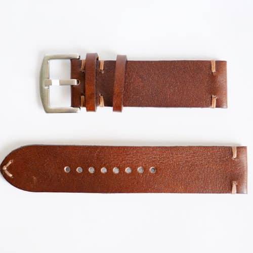 Håndlaget brun skinnreim med brun kontrastssøm